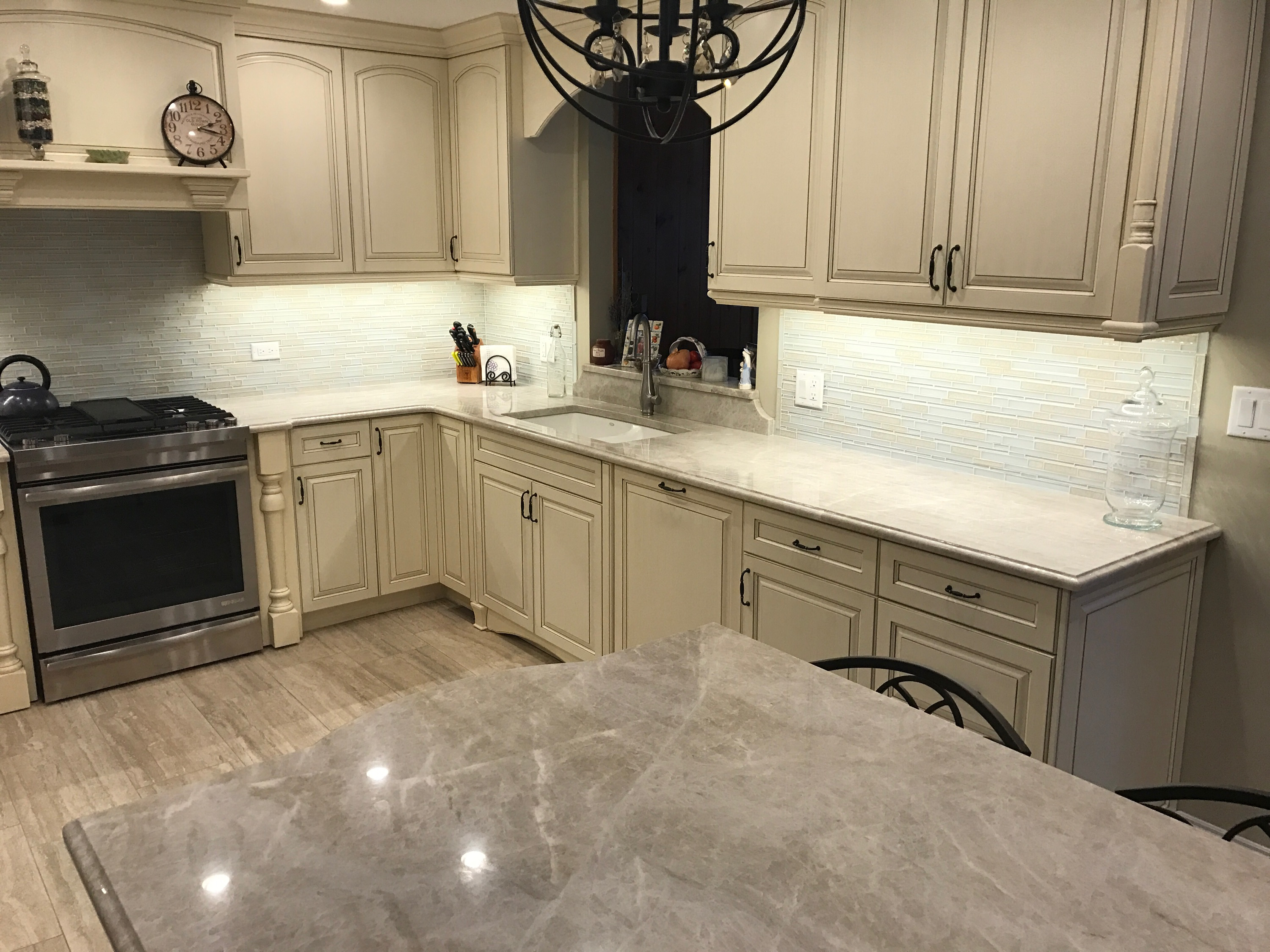 Taj Mahal Quartzite In Addison Il Stonetek Design